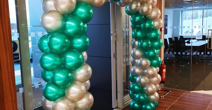 Arch for Landrover dealer opening